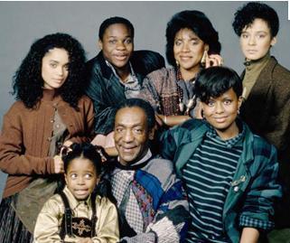 EN ŞENLİKLİ AİLE   Cosby Ailesi de 80'lerde seyirciyi ekran karşısına çekiyordu.
