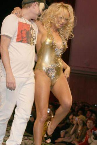 Pamela Anderson'dan en seksi pozlar... - 74