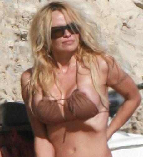 Pamela Anderson'dan en seksi pozlar... - 86