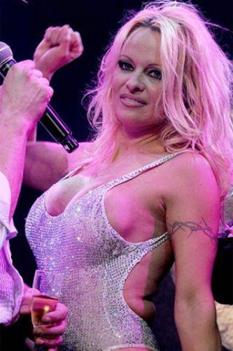Pamela Anderson'dan en seksi pozlar... - 96