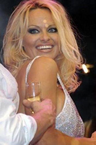 Pamela Anderson'dan en seksi pozlar... - 101