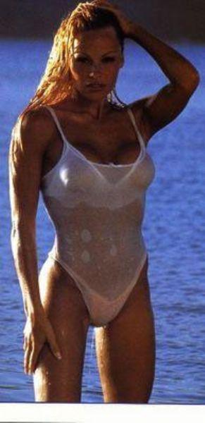 Pamela Anderson'dan en seksi pozlar... - 183