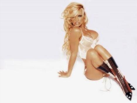 Pamela Anderson'dan en seksi pozlar... - 198