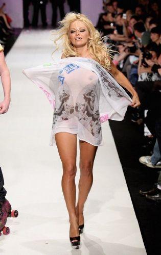 Pamela Anderson'dan en seksi pozlar... - 202