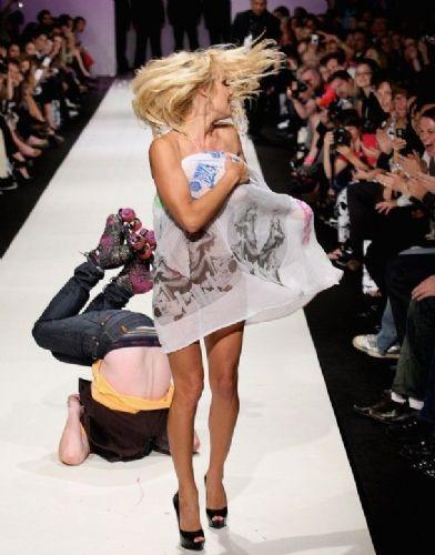 Pamela Anderson'dan en seksi pozlar... - 205