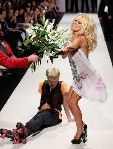 Pamela Anderson'dan en seksi pozlar... - 208