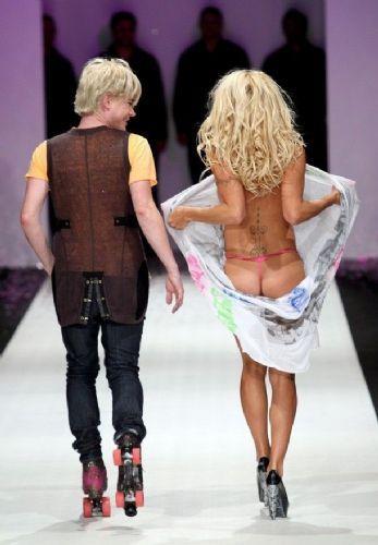Pamela Anderson'dan en seksi pozlar... - 210