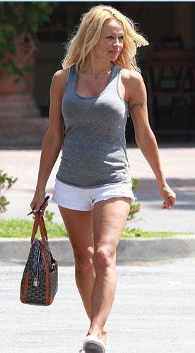 Pamela Anderson'dan en seksi pozlar... - 215