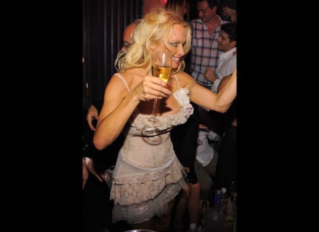 Pamela Anderson'dan en seksi pozlar... - 44