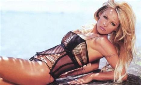 Pamela Anderson'dan en seksi pozlar... - 245