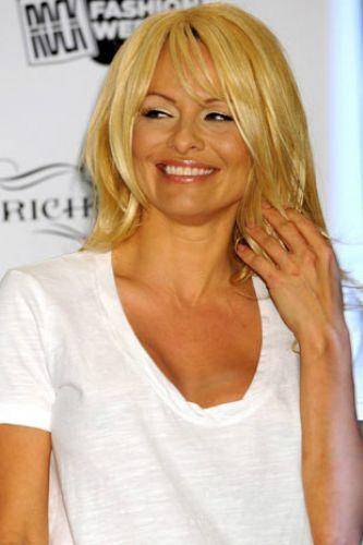 Pamela Anderson'dan en seksi pozlar... - 253