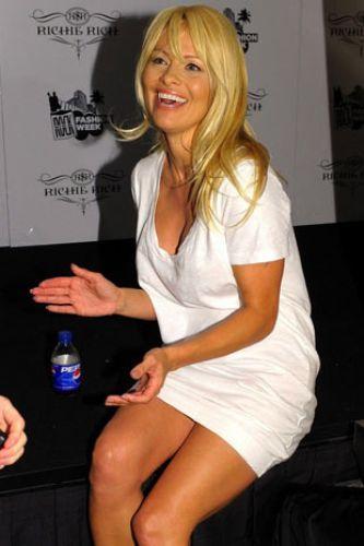 Pamela Anderson'dan en seksi pozlar... - 254