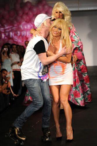 Pamela Anderson'dan en seksi pozlar... - 256