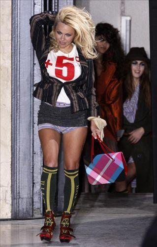 Pamela Anderson'dan en seksi pozlar... - 268