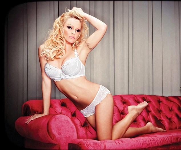 Pamela Anderson'dan en seksi pozlar... - 57