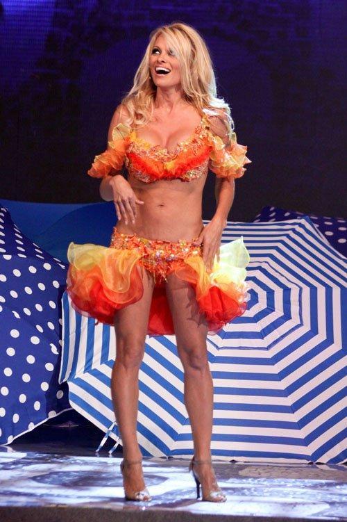 Pamela Anderson'dan en seksi pozlar... - 2