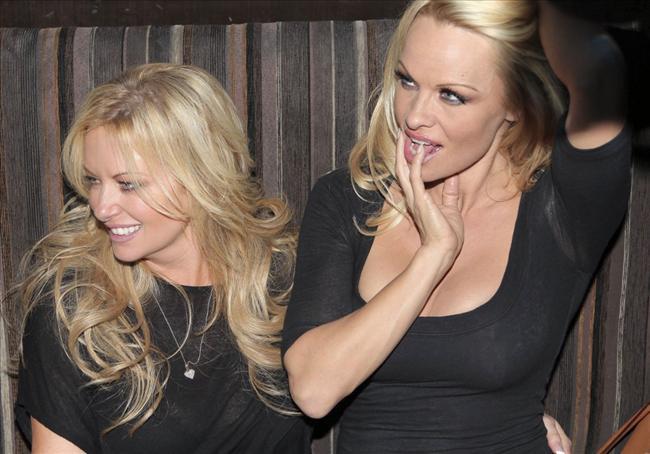 Pamela Anderson'dan en seksi pozlar... - 30