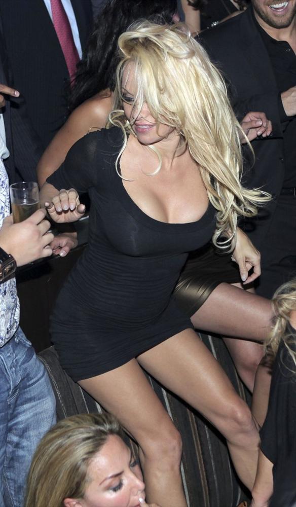 Pamela Anderson'dan en seksi pozlar... - 282