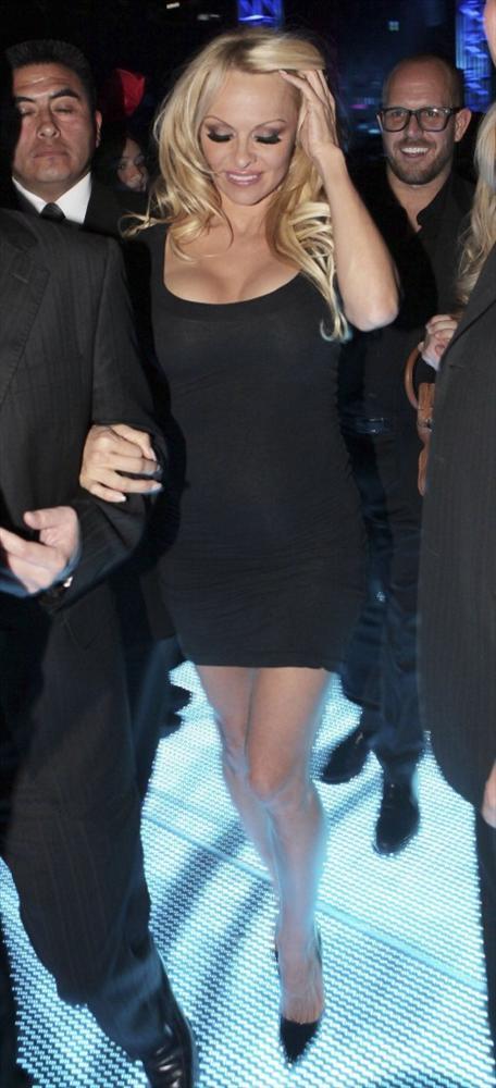 Pamela Anderson'dan en seksi pozlar... - 39