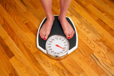 Boyunuza uygun ağırlığı hedefleyin. Sağlıklı ağırlığa sahip iseniz, kilo almaktan kaçının.   Kilolu veya şişman iseniz önce daha fazla ağırlık artışını önleyin ve sağlığınızı korumak için uzman bir ekip kontrolünde ağırlık kaybetmeyi hedefleyin.