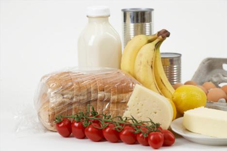 Protein ve yağların dengeli alınması, hayvansal – bitkisel kaynaklardan gelen oranların doğru dengelenmesi gerekir.
