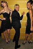 Drew Barrymore'un garip elbisesi - 11