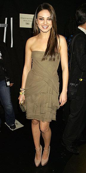 Black swan filminin yıldızlarından Mila Kunis de J. Mendel tercih edenlerden.