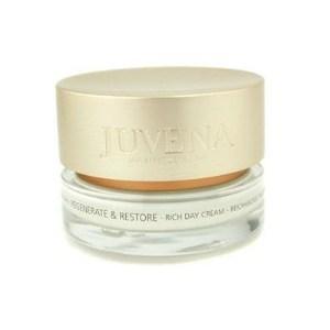 Zengin içerik  Cilt bakımında güçlü  formülü ve zengin içeriğiyle  dikkat çeken  Juvena Rich Day Cream, cildin  neme doymasına yardım ediyor ve yaşlanma belirtileriyle  savaşmasına destek oluyor.