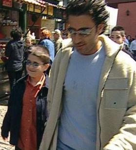 Ancak DNA testleriyle Tayfun Çolak'ın Emrah'ın oğlu olduğu kanıtlandı.