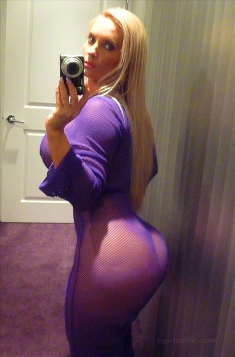 Nicole 'Coco' Austin - 1