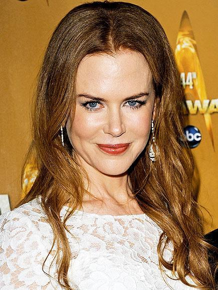 En iyi kadın oyuncu adayı Nicole Kinman, her yıl kırmızı halıda hayranlarını şaşırtmayı başarıyor.