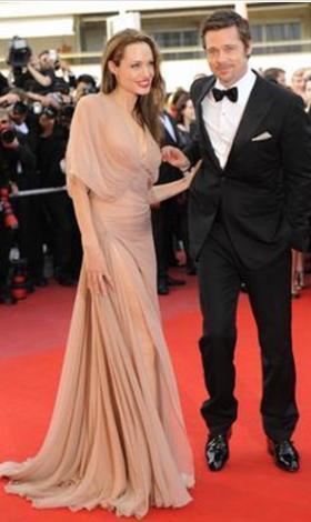 Giydiği elbise bile Jolie'ninkiyle aynıydı.