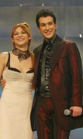 Bir dönem ilgiyle izlenen Popstar yarışmasında Abidin Şahin ve Firdevs Güneş birbirleriyle rekabet ediyorlardı.