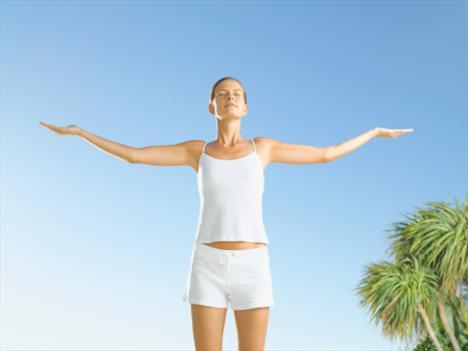 -Nefes egzersizi yapın… Sessiz bir alanda nefes egzersizi yapıp, aslında yedikten sonra kendinizi daha mutsuz hissedeceğinizi kendinize söyleyerek kişisel telkin yapın.
