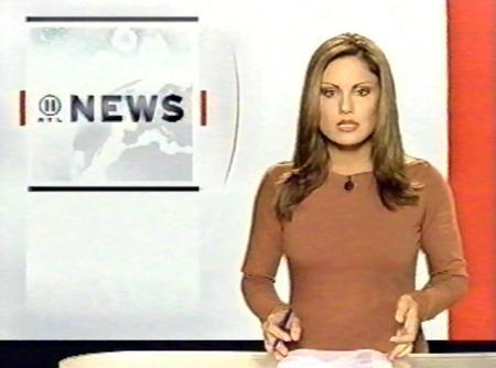 Mesleğe VIA adlı kanalda metin yazarı olarak başlayan Eckes, 1999'da RTL kanalında hava durumu ve bir magazin programı sundu.   Daha sonra ana haber bülteni sunmakla görevlendirildi. 2007'den bu yana yine RTL kanalında Mittagsmagazin adlı programı sunuyor.