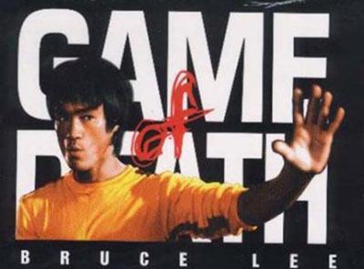 """Lee hayatının son günü, """"Game Of Death"""" adlı filmini bitirmek için yapımcısı Raymond Chow'la görüşmeye gitti. İkili akşam yeniden görüşmek üzere ayrıldılar."""