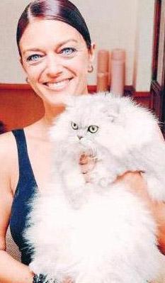 Bu karakteri Selda Özer canlandırıyordu.