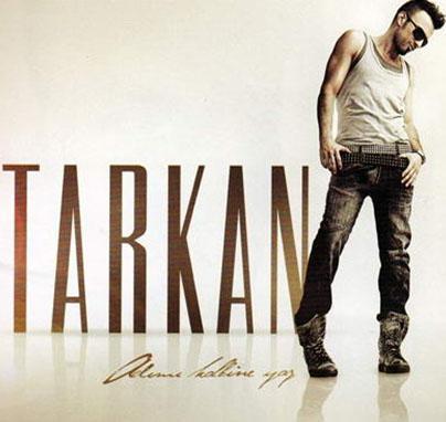 Yıllar içinde imajını defalarca değiştirdi. Her albümüne yeni bir imaj belirleyen Tarkan'ın son hali böyle.