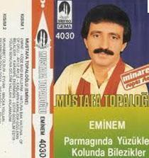 Mustafa Topaloğlu o zamanlar henüz uzaylı değildi ve bıyık modasını takip ediyordu.
