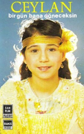 Yılların deneyimli oyuncu ve şarkıcısı Ceylan, ilk albümlerini çıkardığında gerçekten de bir çocuktu.