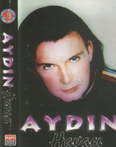 Şov dünyasının en çok imaj değiştiren ünlülerinden biri de Kuşum Aydın adıyla tanınan Aydın.   Bu ilk albümdeki görüntüsü.