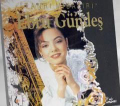 Ebru Gündeş ilk albümünü çıkardığında neredeyse bir çocuktu.