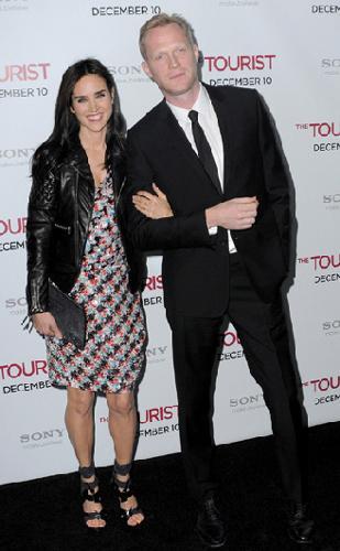 Jennifer Connelly ve eşi Paul Betta. Çift ikinci çocuklarını bekliyor.