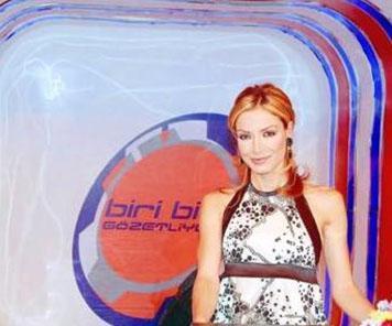 Yabancı ülkelerde yayınlanan Big Brother'ın uyarlaması olan Biri Bizi Gözetliyor da bir döneme damga vurdu.