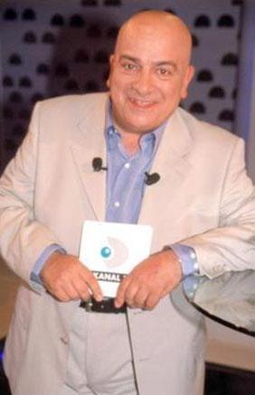 Ekranların ilk para ödüllü yarışmalarından biri 102 Milyon'du.