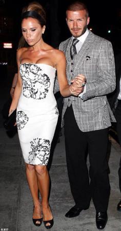 İngiliz futbolcu David Beckham ve eşi Victoria Beckham.