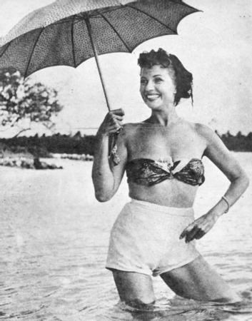 Rita Hayworth  Sinema tarihinin en ünlü 'femme fatale' karakterlerinden birisi de, Rita Hayworth tarafından canlandırılan, aynı isimli filmin Gilda karakteridir.