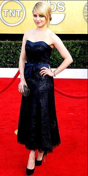 Diana Argon Chanel Haute Couture straples elbisesiyle harika görünüyordu.