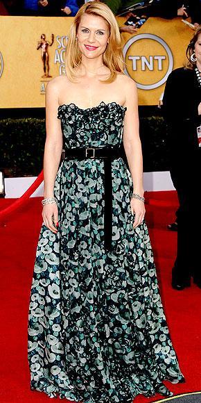 Claire Danes Louis Vuitton elbisesiyle.