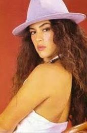 AİLEDEN SANATÇIYDI  80'li yılların genç yıldızlarından biri de Melike Zobu'ydu.